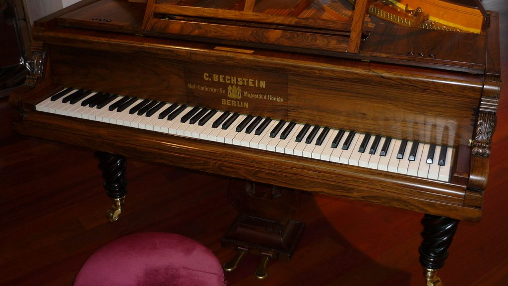 Bechstein_576_Grand_piano
