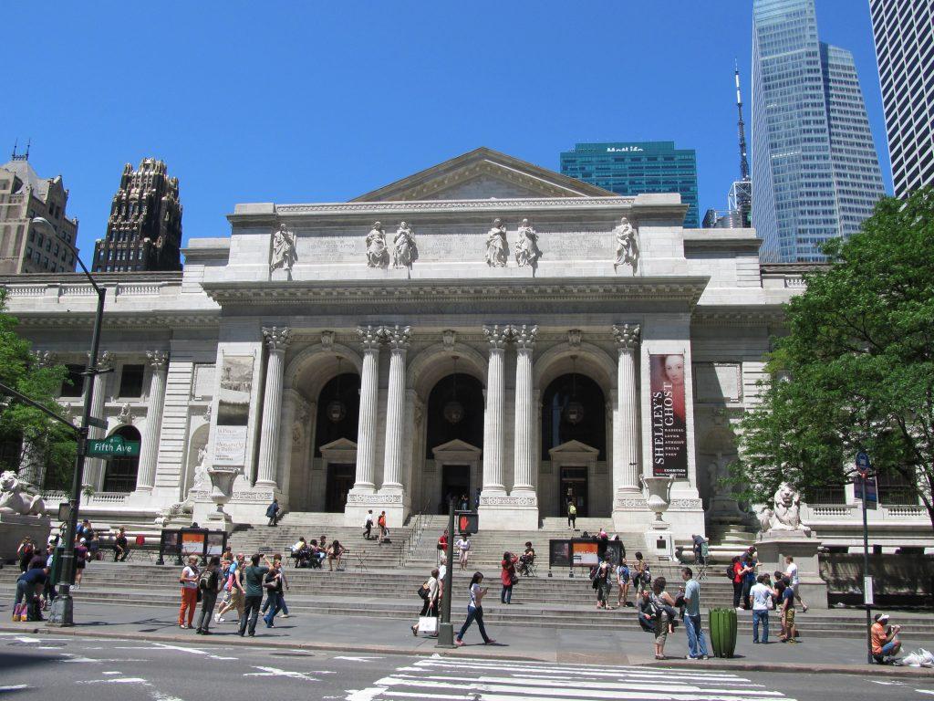 New_York_Public_Library_entrance