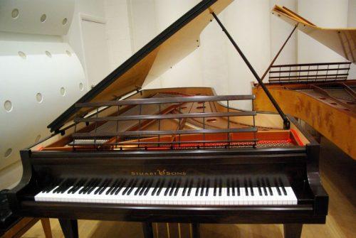 Stuart__Sons_Note_Piano