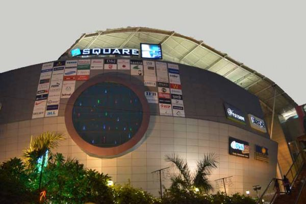 z-square-mall-shopping-mall-in-kanpur