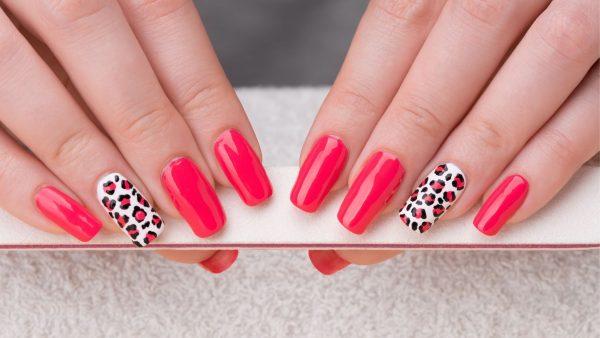 Hello manicures